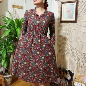 VINTAGE A-LINE FLORAL DRESS FITS XS SMALL